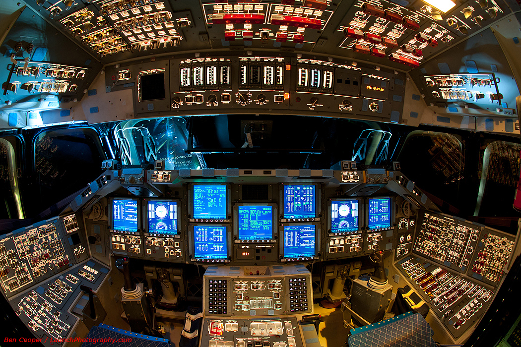Powered Flight Deck of the Endeavour